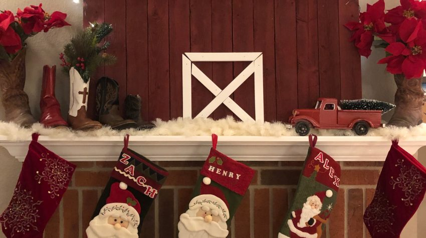 Easy DIY Wooden Barn for the Mantle using Fence Slats