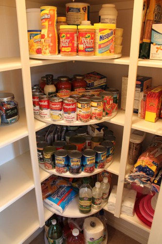 http://decorchick.com/the-great-pantry-makeover/